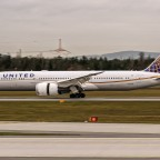 United Airlines completes Dreamliner certification