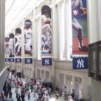 Yankees legend Yogi Berra dies at 90