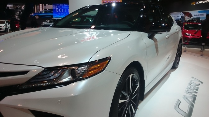2018-toyota-camry-front
